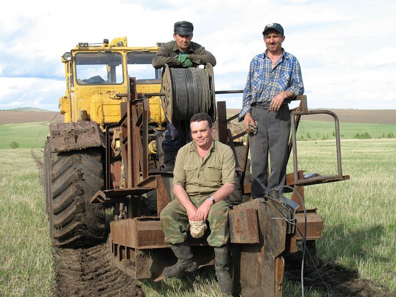 Днем, картинки прикольные про трактористов