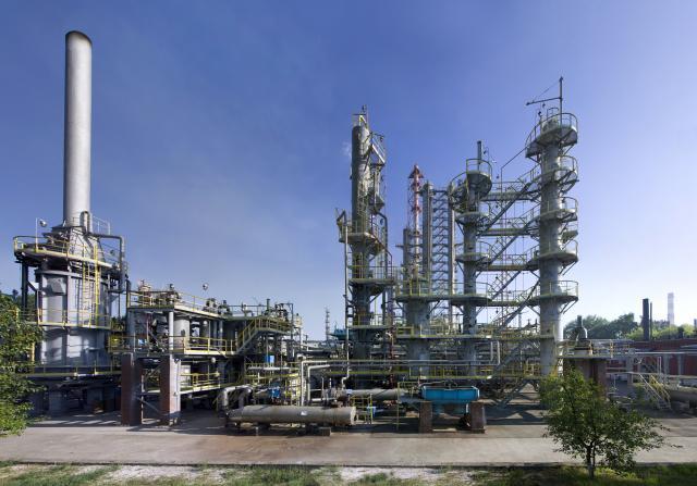 Свою роль в подъеме цен на бензин могли сыграть устаревшие мощности Саратовского НПЗ