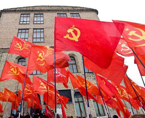 «Если снимут Колю, курс доллара устоит ли?» На пресс-конференции в Саратовском обкоме КПРФ депутаты рассказали об особенностях нынешней кампании