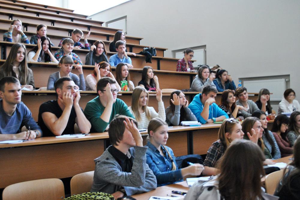 В РФ каждый третий выпускник университета работает непопрофессии