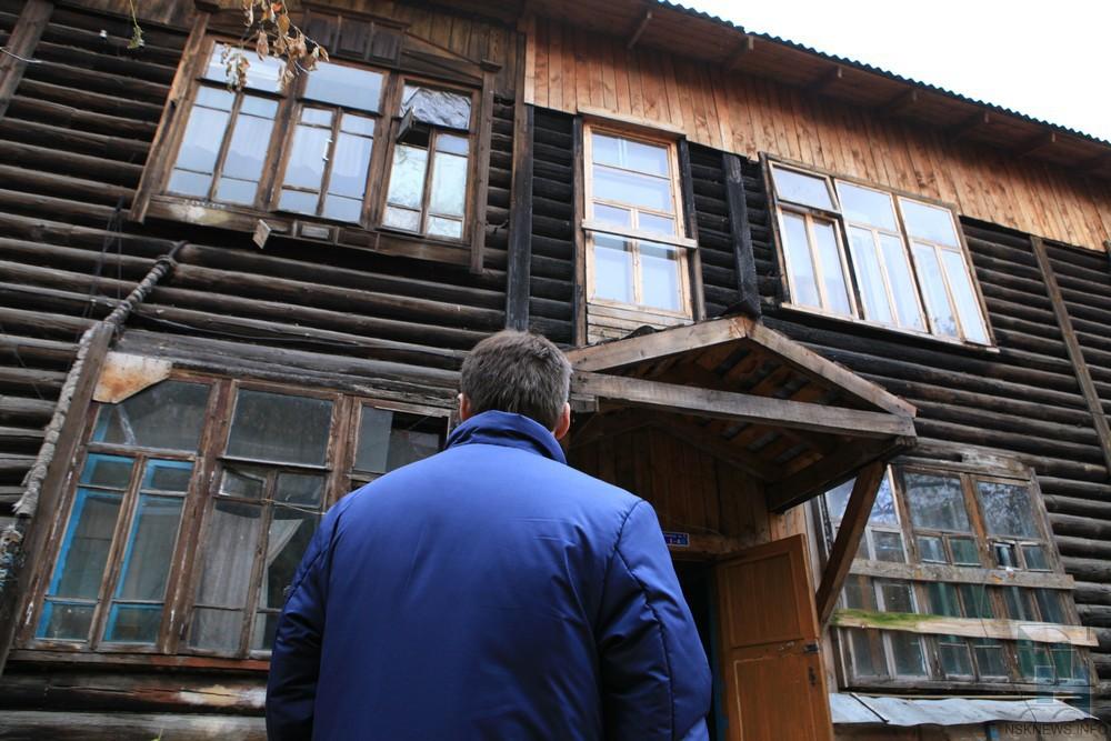 Неменее 40 граждан аварийных домов недождались новых квартир