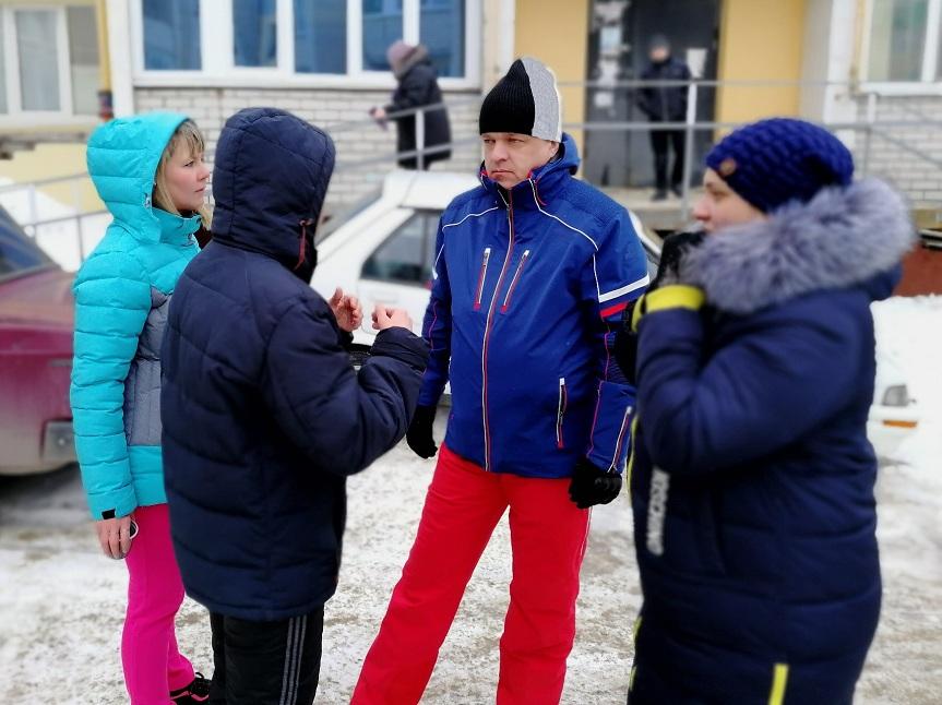 Избиратели пригласили депутата Саратовской облдумы Максима Шихалова на проводы Масленицы