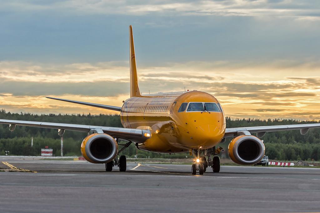 «Саратовским авиалиниям» советуют верить в лучшее и напоминают про счастливый прецедент AZUR air