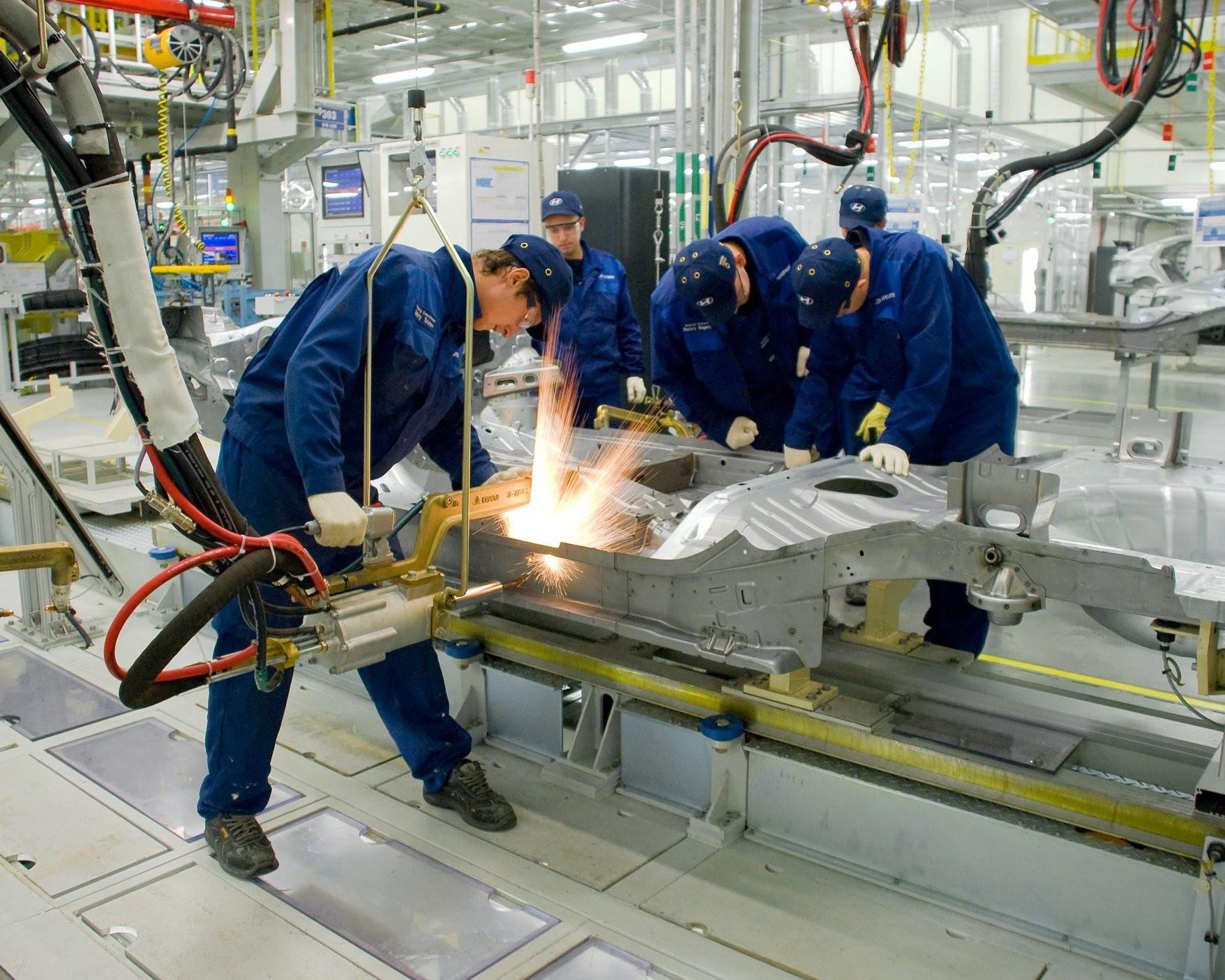 Саратовскую промышленность нужно «снять с капельницы»: глава СЭЗ им. Орджоникидзе о госсубсидиях, доступе на рынок и перспективах