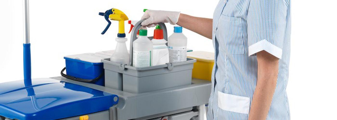 Чистящие моющие и дезинфицирующие средства в гостинице фото