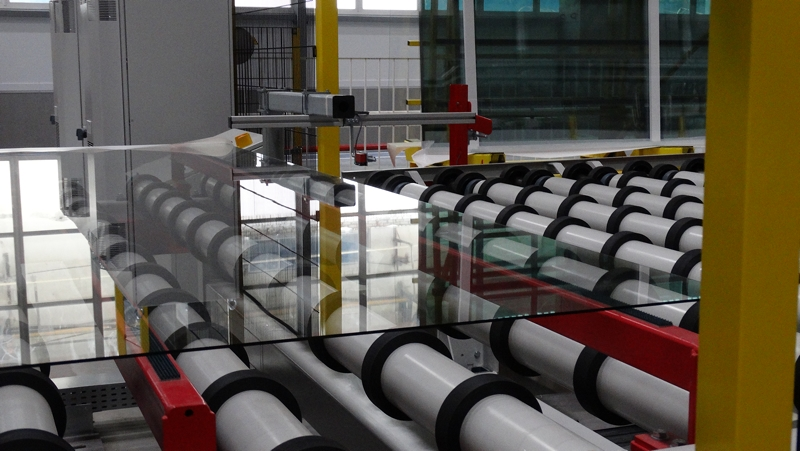 ФАС заглянуло за стекло: саратовский завод может попасть под раздачу за доминирование на рынке и повышение цен
