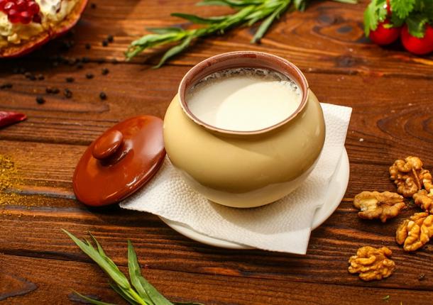 Съесть хумус, запить мацони: саратовские производители делают ставку на национальную кухню