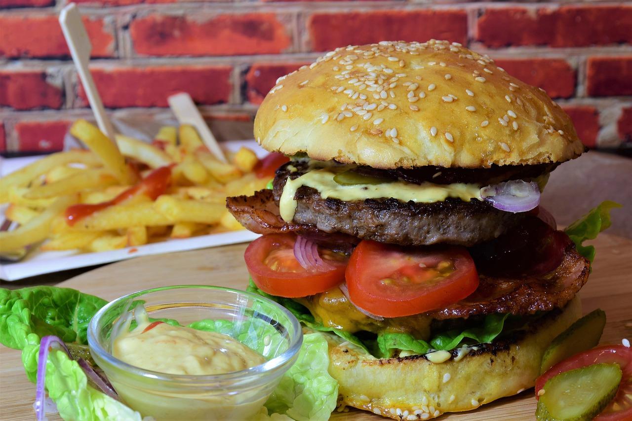 burger-3962997_1280
