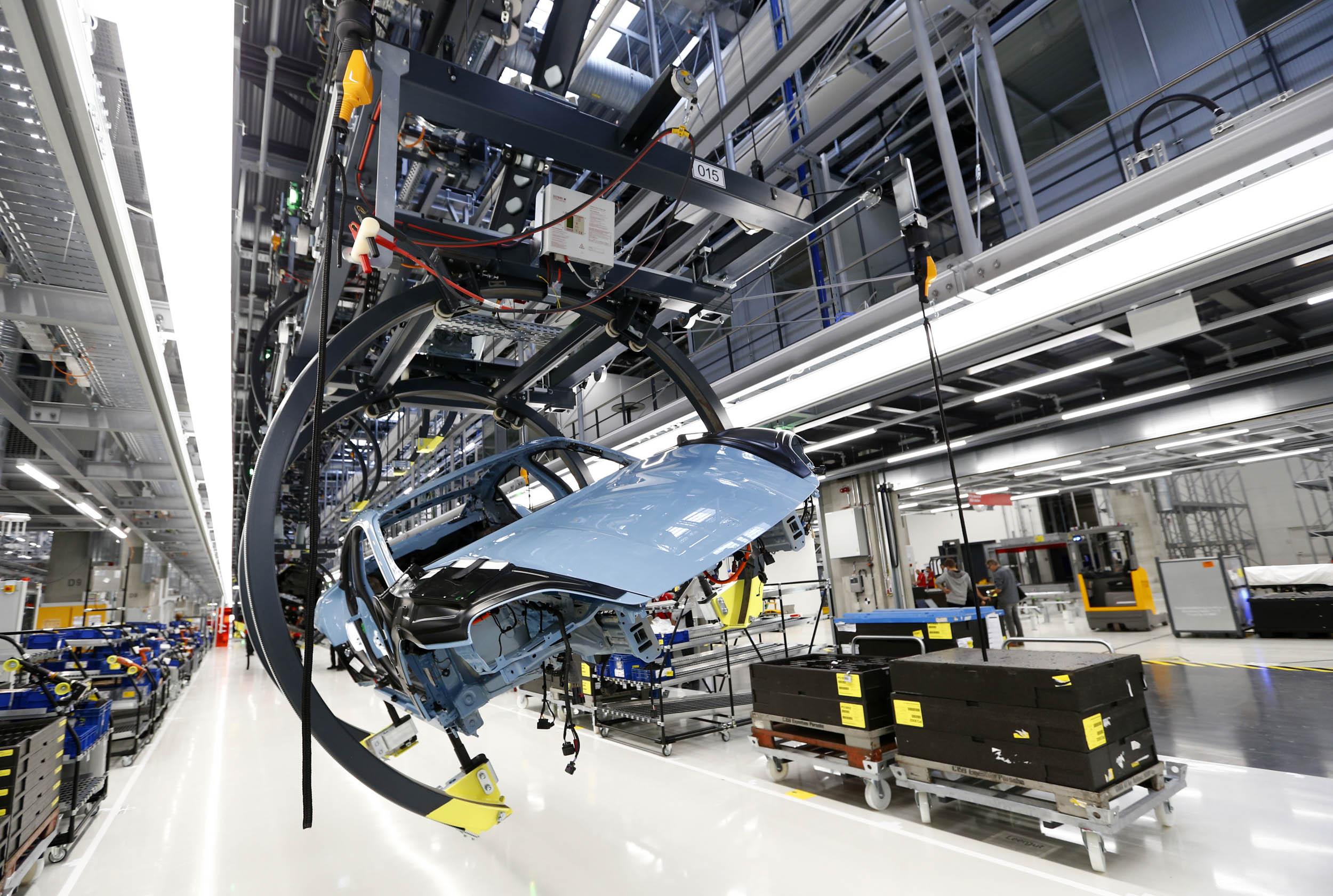 Porsche AG's Electric Taycan Takes Aim at Tesla