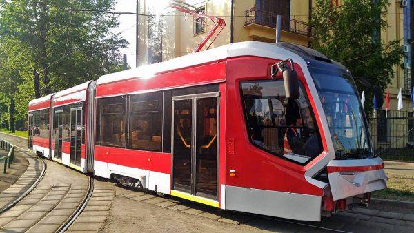 На завод электротранспорта в Энгельс прибывает оборудование для сборки корпусов трамваев, Владислав Буров в ожидании хорошей сделки