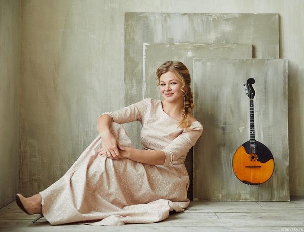 Подарок к 8 Марта от Саратовской консерватории: концерт Екатерины Мочаловой для домры с оркестром