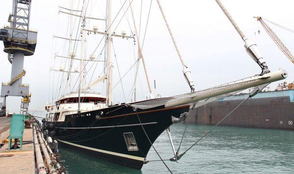 Bloomberg: Безос строит яхту за полмиллиарда. Взрывной спрос на супер-судна обеспечил коронавирус