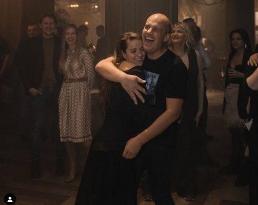 Саратовские блогеры: сколько может заработать на Instagram жена Бурова и вдова Грищенко. Но самый крутой — «король диванов» Ходасевич